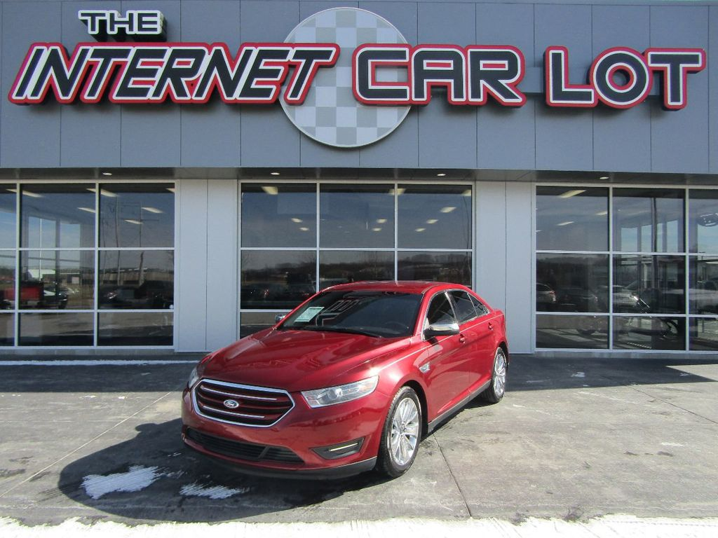 2015 Ford Taurus 4dr Sedan Limited FWD - 16917109 - 0