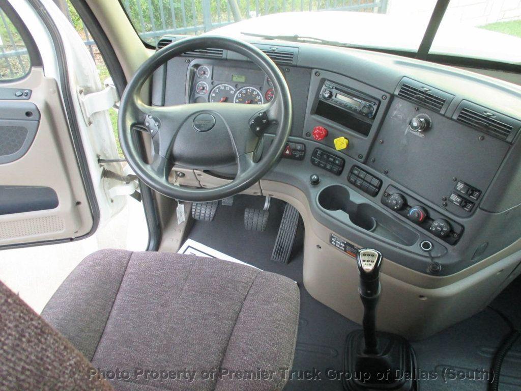 2015 Freightliner Cascadia  - 18142501 - 8