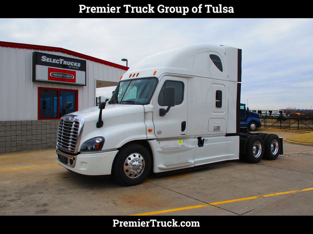 2015 Freightliner Cascadia >> 2015 Used Freightliner Cascadia Evolution 72 Raised Roof At Premier Truck Group Serving U S A Canada Tx Iid 18925678