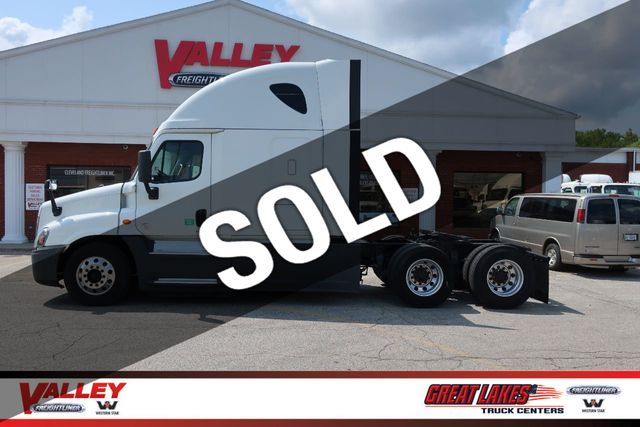 2015 Freightliner Cascadia >> 2015 Used Freightliner Cascadia Evolution Apu Automatic At Valley Freightliner Serving Parma Oh Iid 19358676