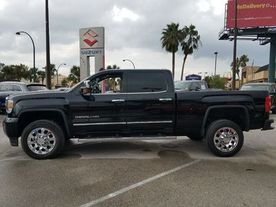 2015 GMC SIERRA 2500 DENALI - Click to see full-size photo viewer
