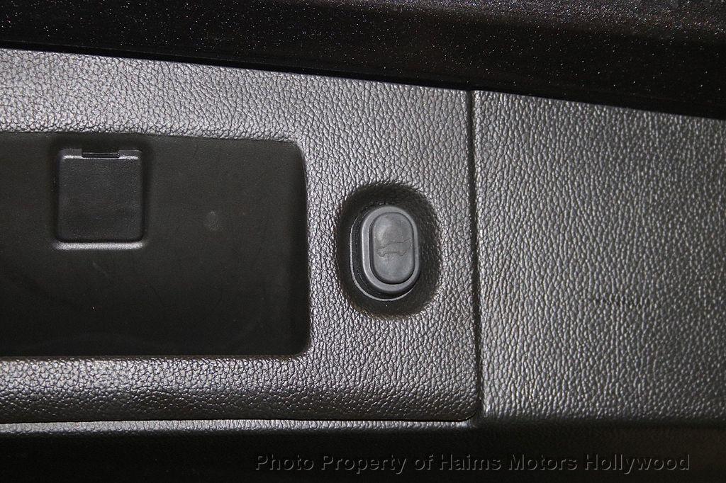 2015 GMC Yukon 2WD 4dr SLT - 17426444 - 11