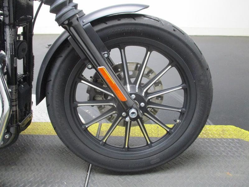 2015 Harley-Davidson XL883 Iron 883 - 17542327 - 4