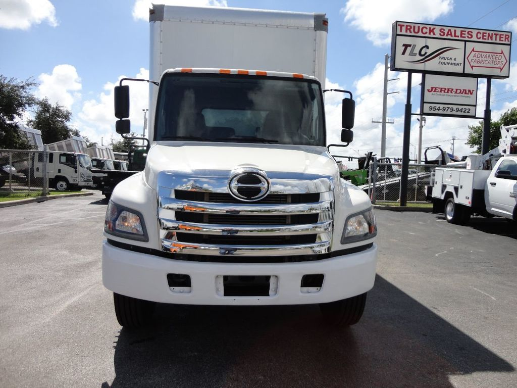 2015 HINO 268 26FT DRY BOX TRUCK . CARGO TRUCK WITH LIFTGATE - 18212181 - 2