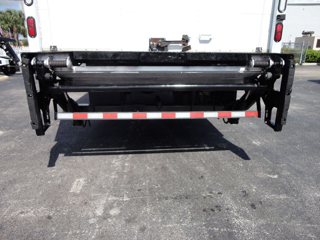2015 HINO 268 26FT DRY BOX TRUCK . CARGO TRUCK WITH LIFTGATE - 18212181 - 31