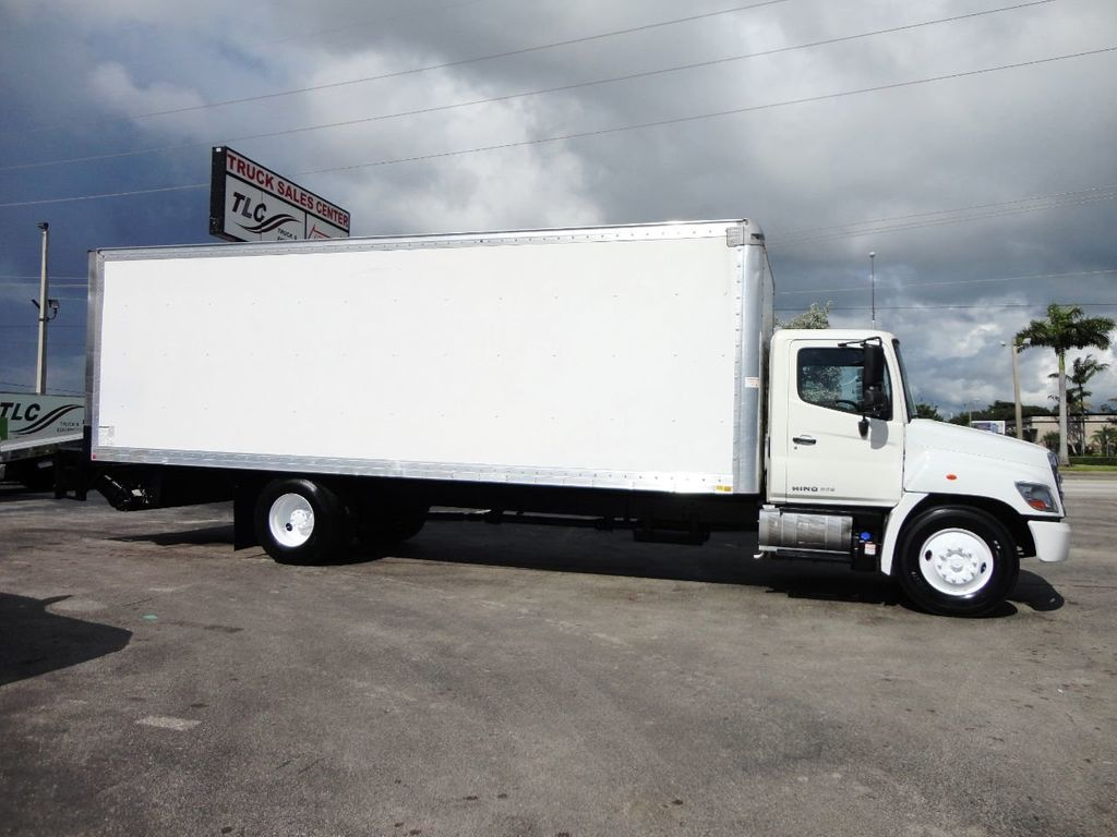 2015 HINO 268A 26FT DRY BOX TRUCK. CARGO TRUCK WITH LIFTGATE - 19274492 - 9