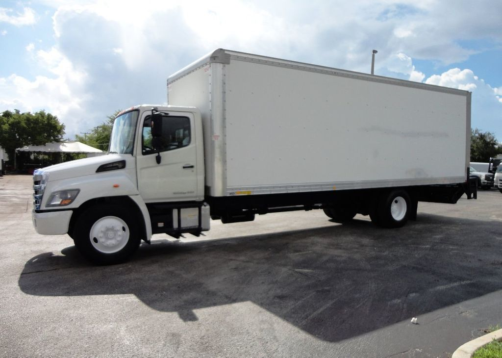 2015 HINO 268A 26FT DRY BOX TRUCK. CARGO TRUCK WITH LIFTGATE - 19274492 - 4