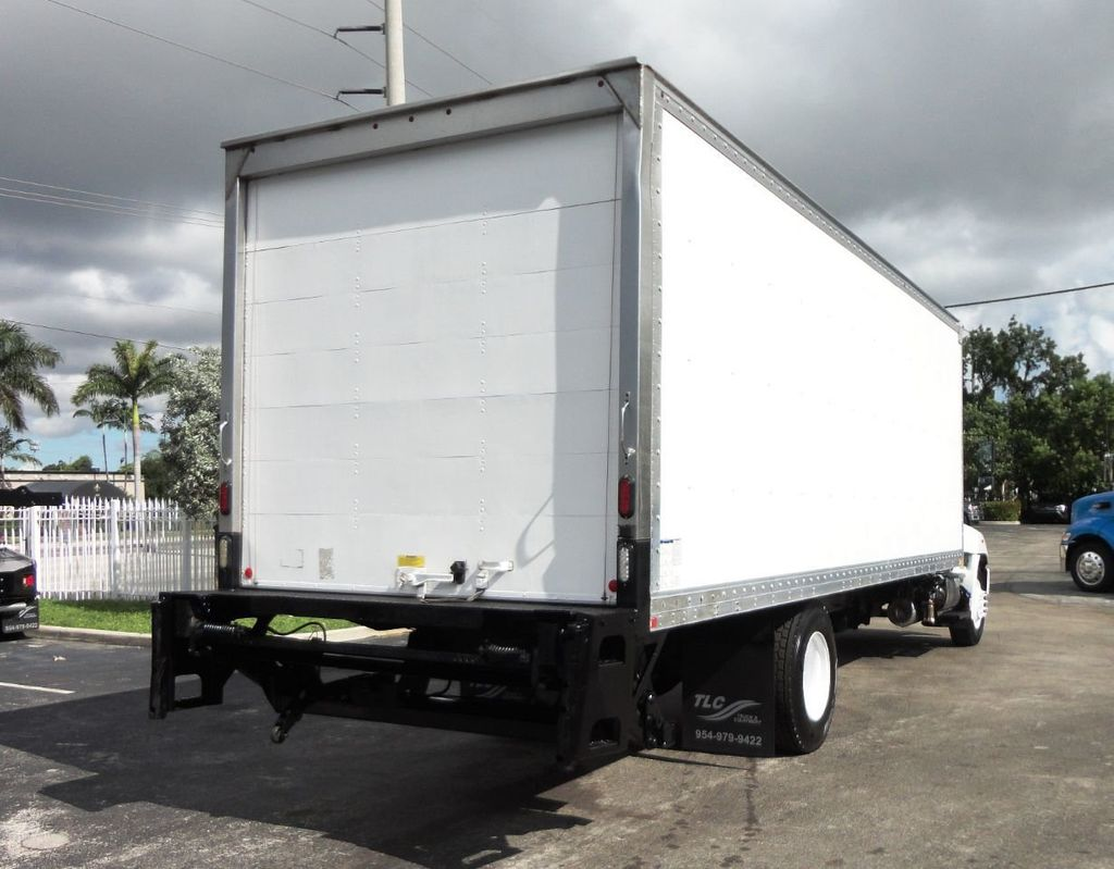 2015 HINO 268A 26FT DRY BOX TRUCK. CARGO TRUCK WITH LIFTGATE - 19274492 - 8