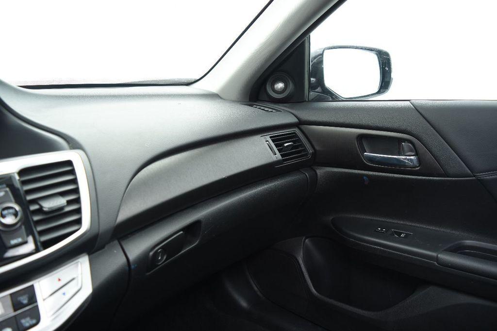 2015 Honda Accord Sedan 4dr I4 CVT EX-L - 17509650 - 31