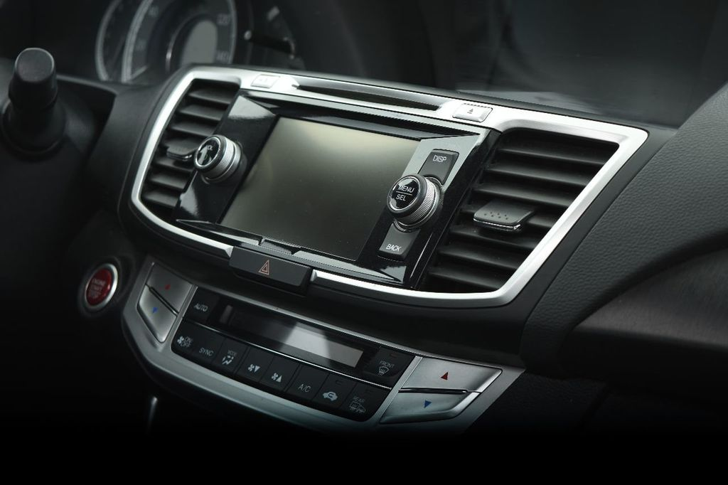2015 Honda Accord Sedan 4dr I4 CVT EX-L - 17509650 - 32