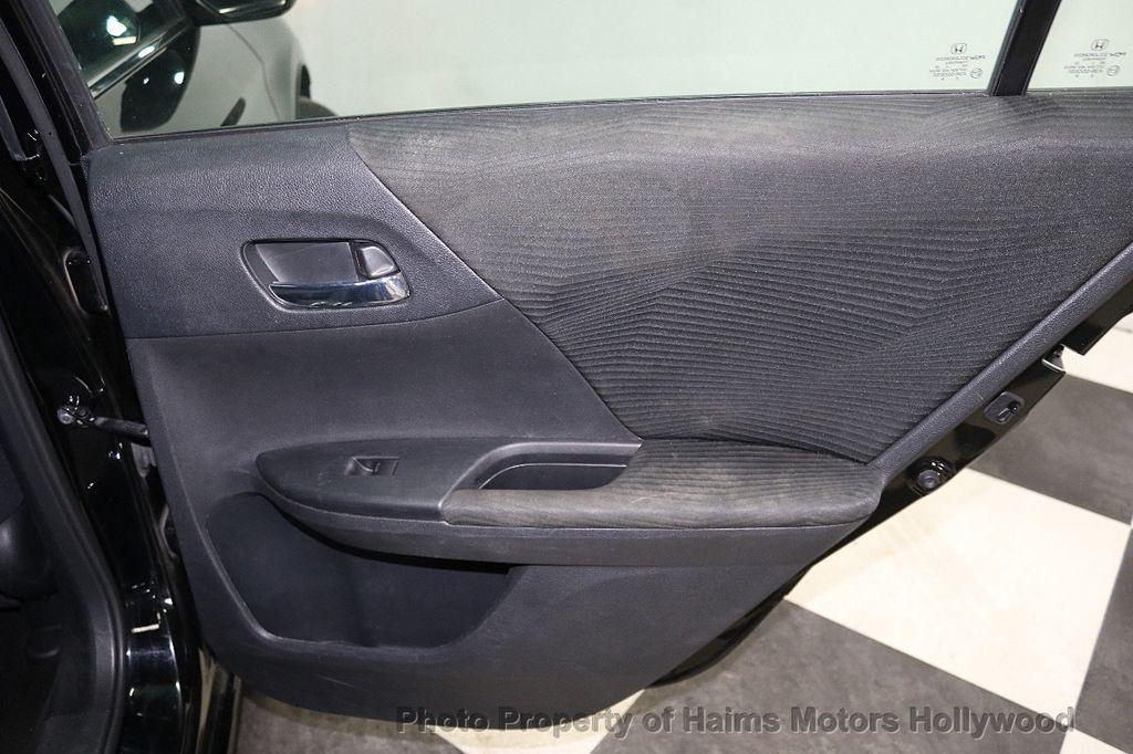 2015 Honda Accord Sedan 4dr I4 CVT LX - 17959109 - 10