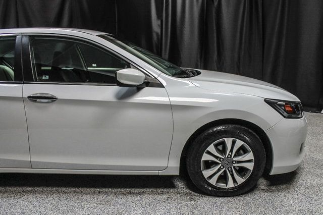 2015 Honda Accord Sedan 4dr I4 CVT LX - 17263765 - 5