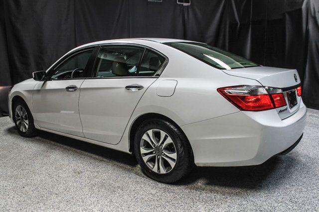 2015 Honda Accord Sedan 4dr I4 CVT LX - 17263765 - 8
