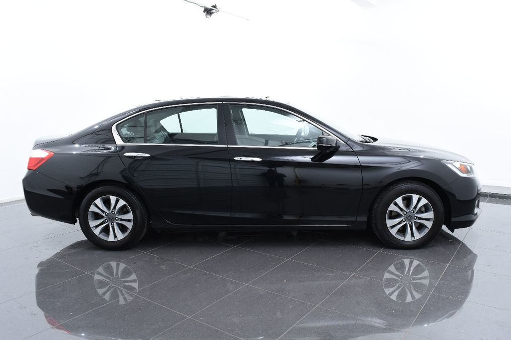 2015 Honda Accord Sedan 4dr I4 CVT LX - 17497701 - 11