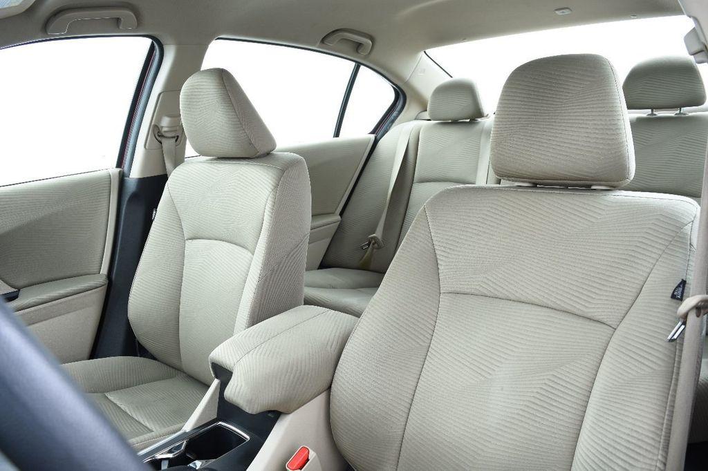 2015 Honda Accord Sedan 4dr I4 CVT LX - 17497701 - 21