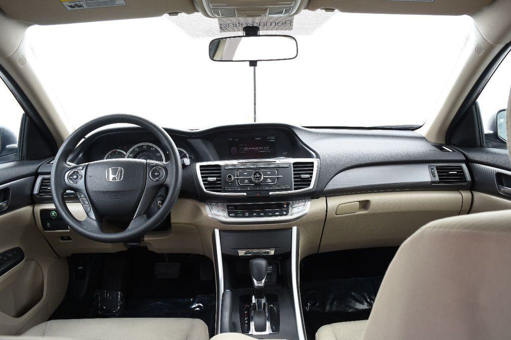 2015 Honda Accord Sedan 4dr I4 CVT LX - 17497701 - 25