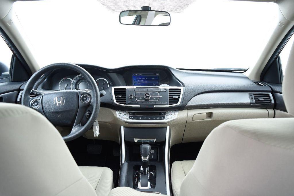 2015 Honda Accord Sedan 4dr I4 CVT LX - 17801170 - 25