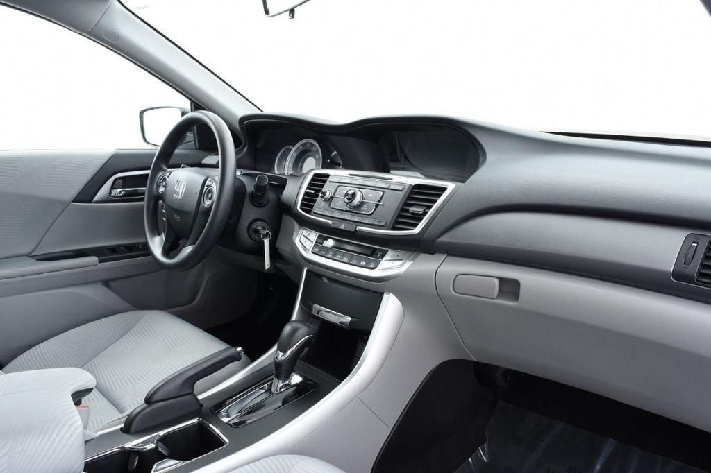 2015 Honda Accord Sedan 4dr I4 CVT LX - 17959214 - 24