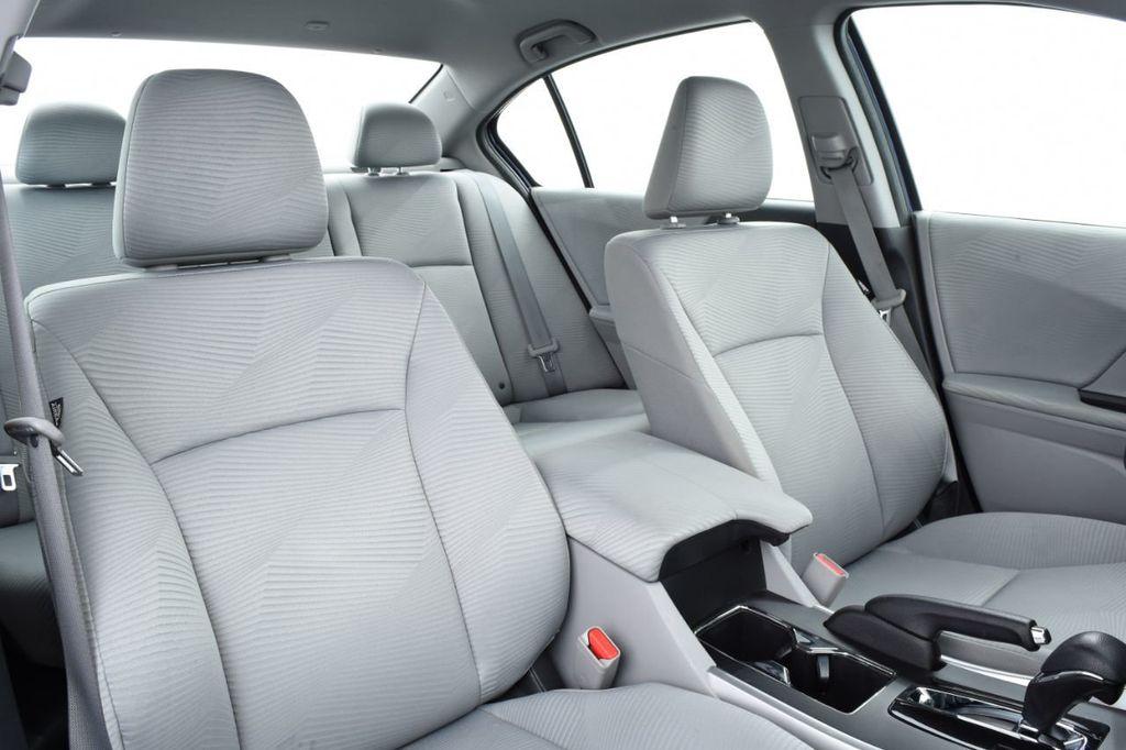 2015 Honda Accord Sedan 4dr I4 CVT LX - 17959214 - 26