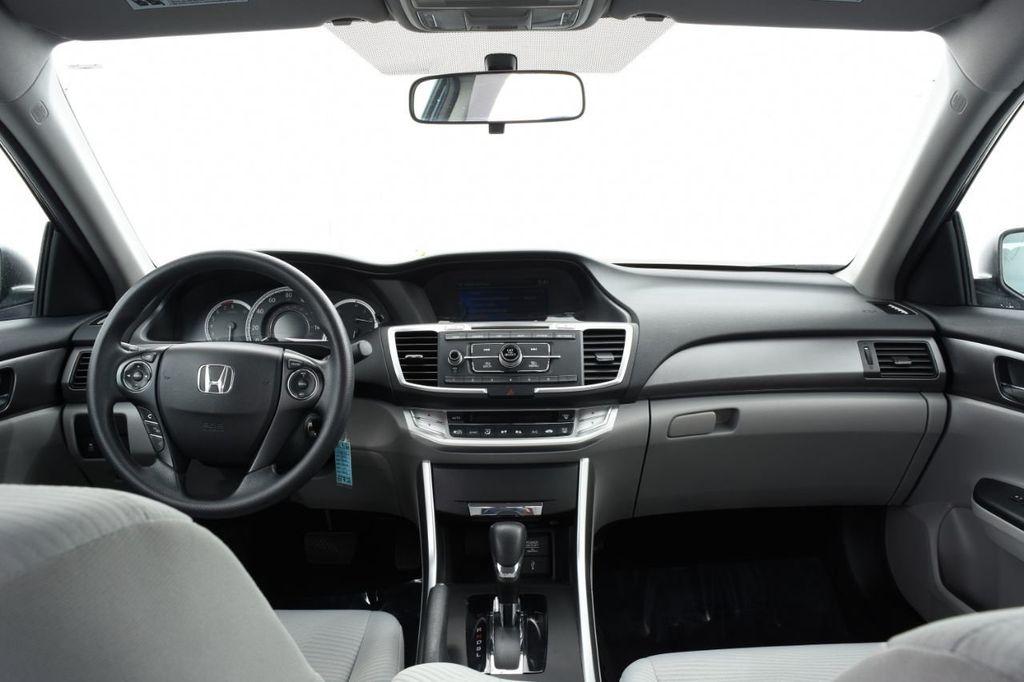 2015 Honda Accord Sedan 4dr I4 CVT LX - 17959214 - 27