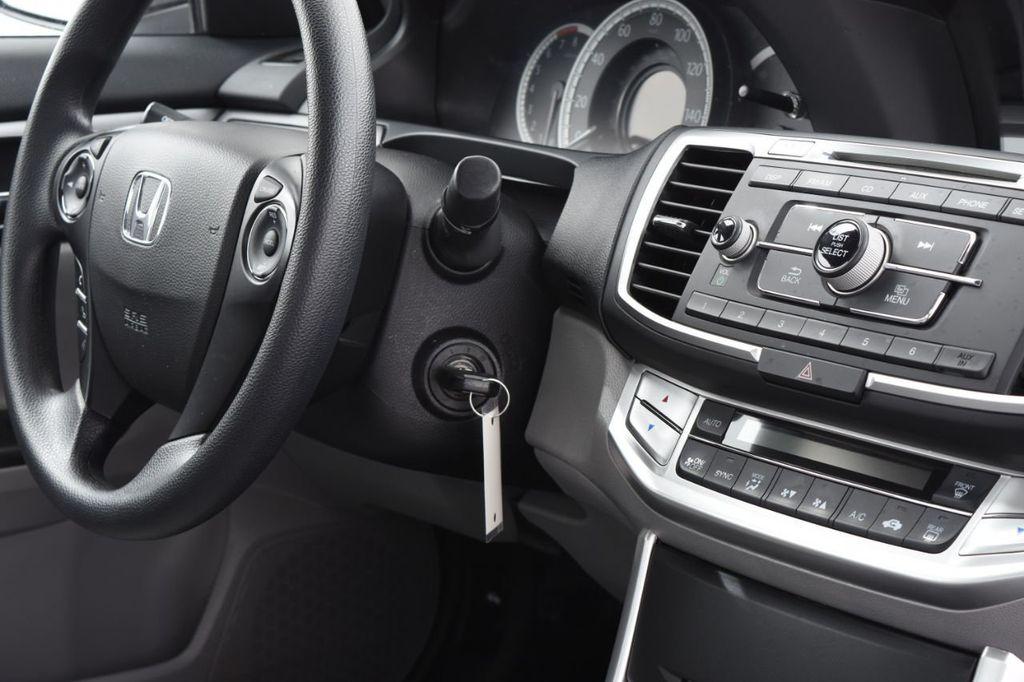 2015 Honda Accord Sedan 4dr I4 CVT LX - 17959214 - 37