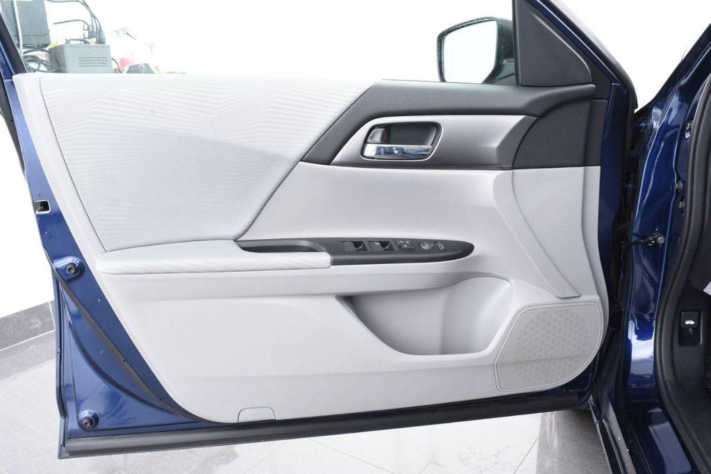2015 Honda Accord Sedan 4dr I4 CVT LX - 17959214 - 48