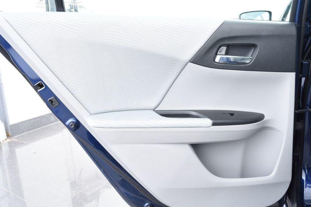 2015 Honda Accord Sedan 4dr I4 CVT LX - 17959214 - 50