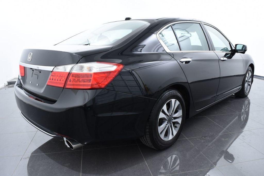 2015 Honda Accord Sedan 4dr I4 CVT LX - 17962581 - 9