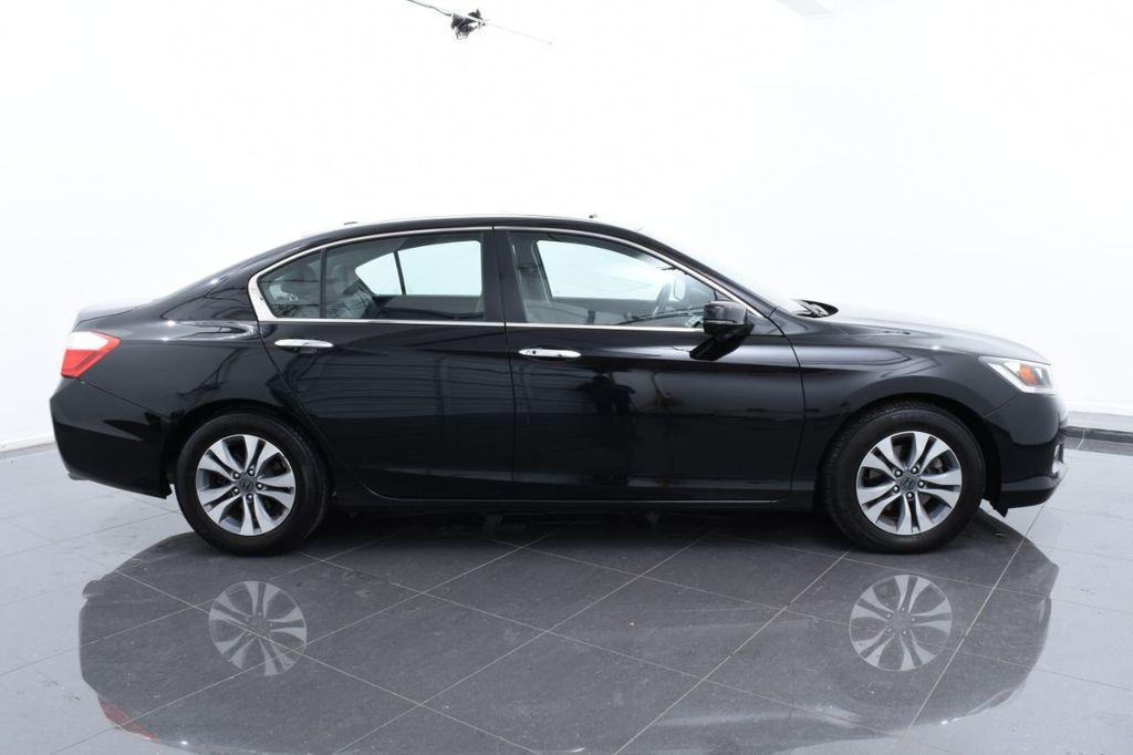 2015 Honda Accord Sedan 4dr I4 CVT LX - 17962581 - 11