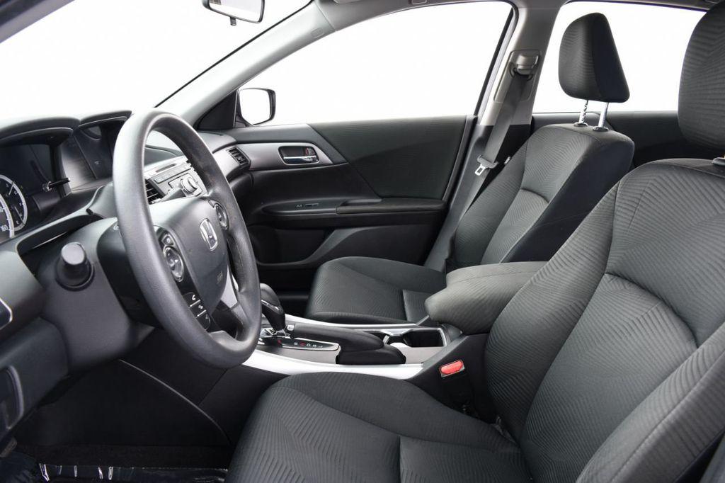 2015 Honda Accord Sedan 4dr I4 CVT LX - 17962581 - 18