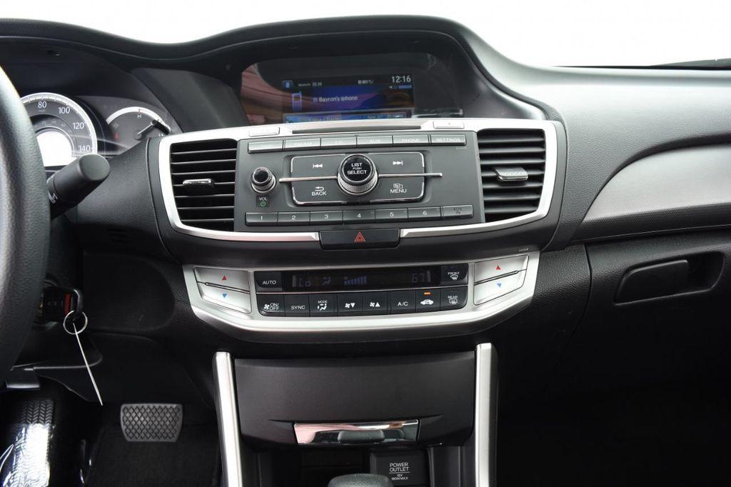 2015 Honda Accord Sedan 4dr I4 CVT LX - 17962581 - 25