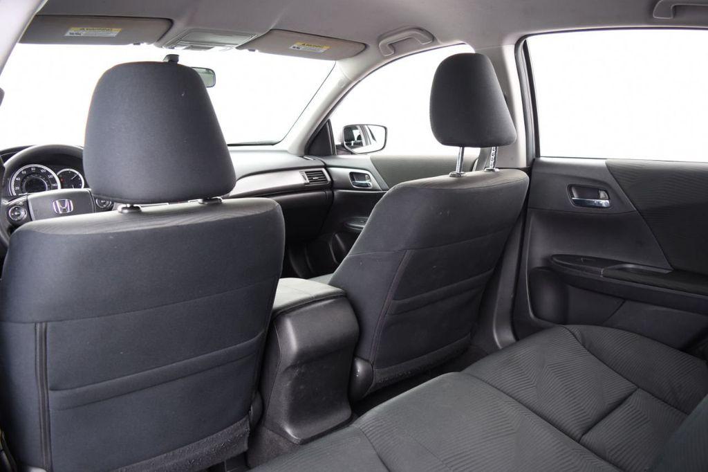 2015 Honda Accord Sedan 4dr I4 CVT LX - 17962581 - 36