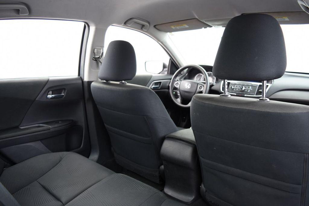 2015 Honda Accord Sedan 4dr I4 CVT LX - 17962581 - 39
