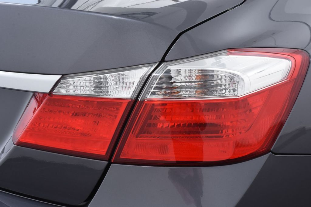 2015 Honda Accord Sedan 4dr I4 CVT LX - 18130566 - 17