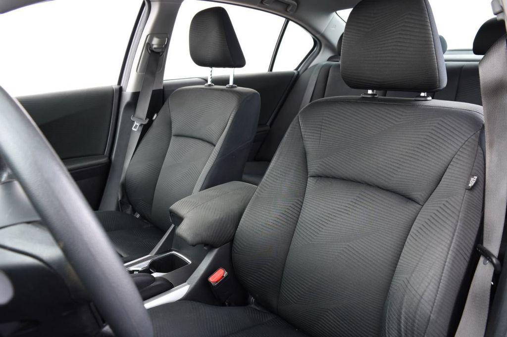 2015 Honda Accord Sedan 4dr I4 CVT LX - 18130566 - 23