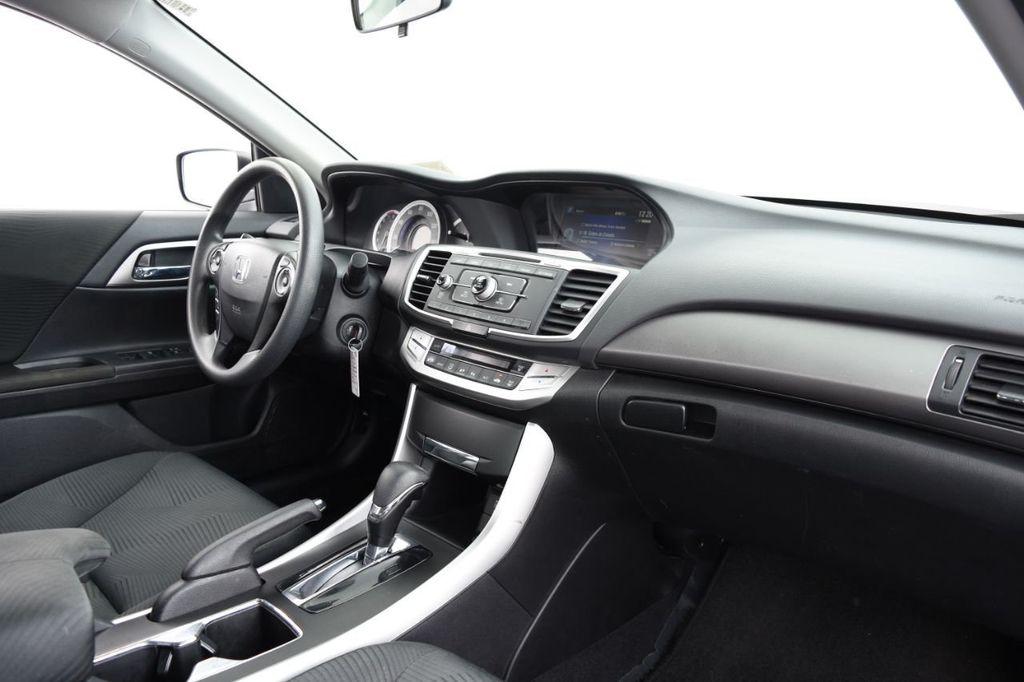 2015 Honda Accord Sedan 4dr I4 CVT LX - 18130566 - 24