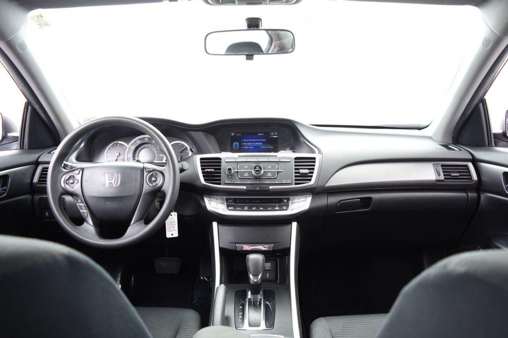 2015 Honda Accord Sedan 4dr I4 CVT LX - 18130566 - 27