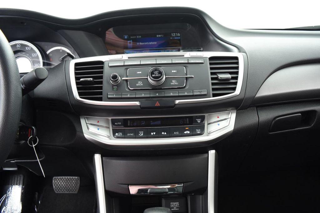 2015 Honda Accord Sedan 4dr I4 CVT LX - 18130566 - 29