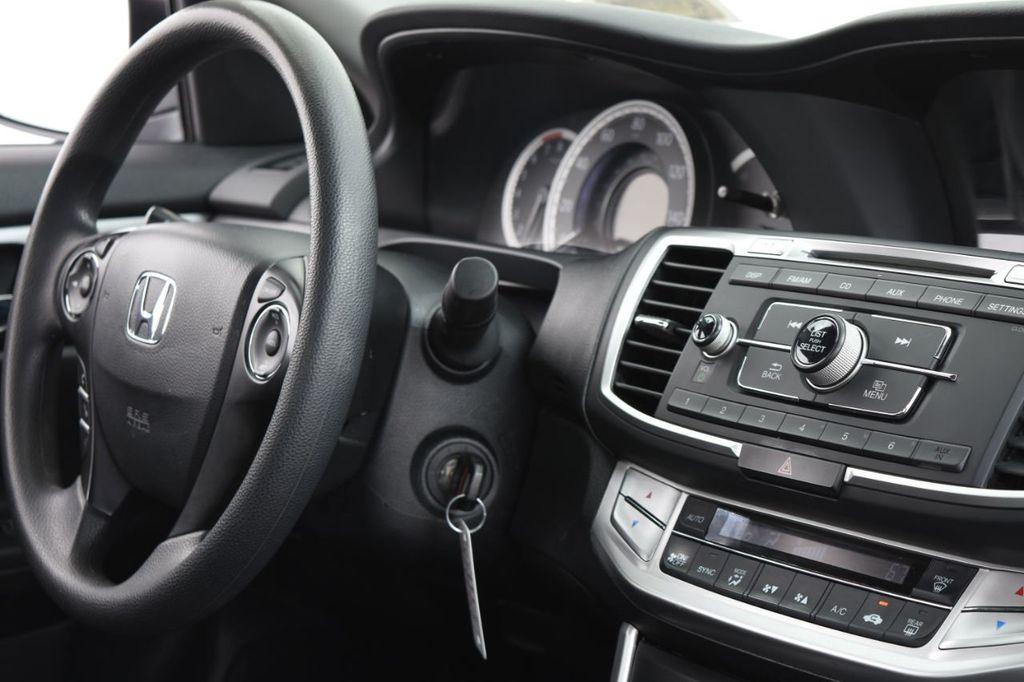 2015 Honda Accord Sedan 4dr I4 CVT LX - 18130566 - 37