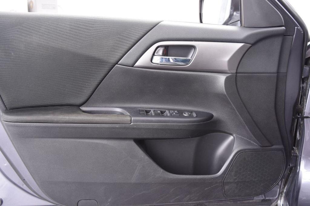 2015 Honda Accord Sedan 4dr I4 CVT LX - 18130566 - 47