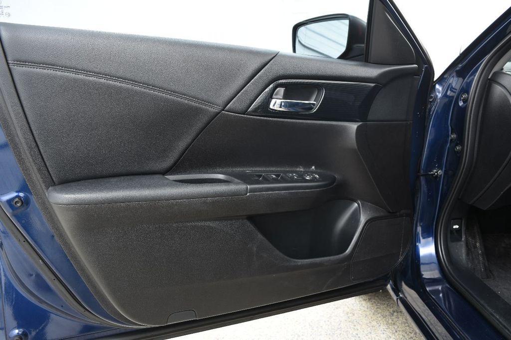 2015 Honda Accord Sedan 4dr I4 CVT Sport - 17263768 - 21