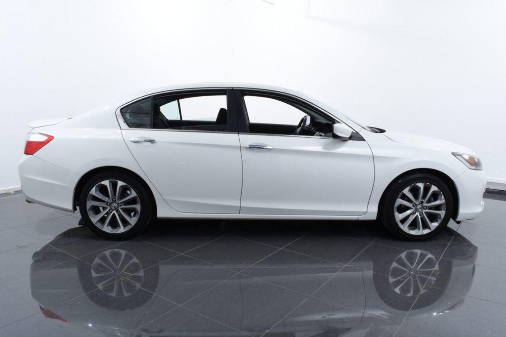2015 Honda Accord Sedan 4dr I4 CVT Sport - 18032763 - 11