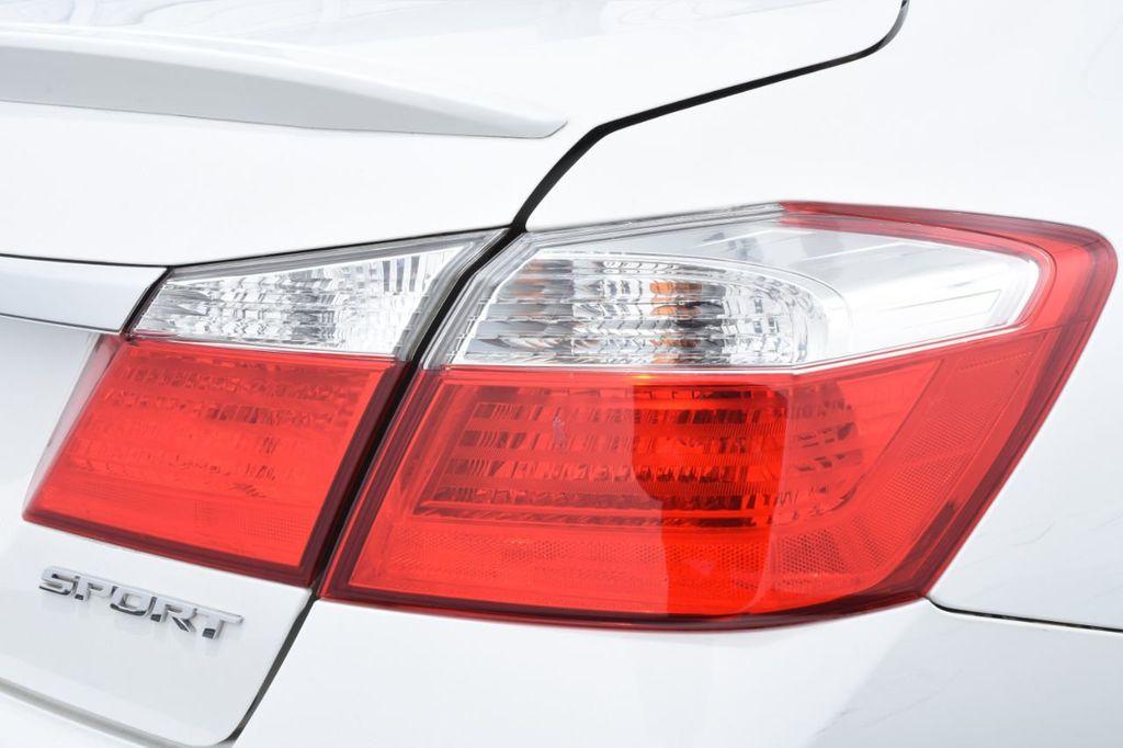 2015 Honda Accord Sedan 4dr I4 CVT Sport - 18032763 - 17
