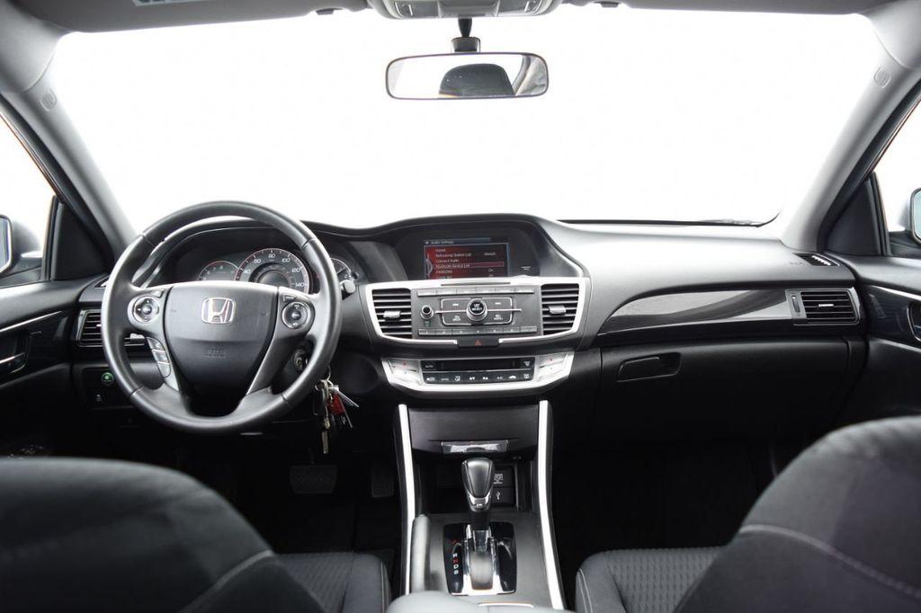 2015 Honda Accord Sedan 4dr I4 CVT Sport - 18032763 - 26