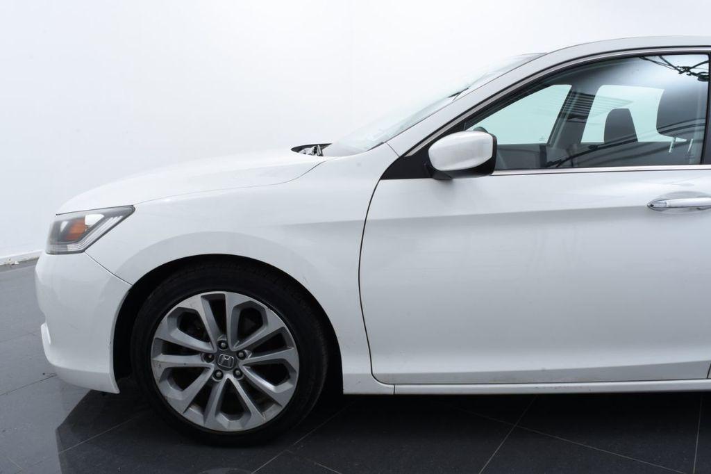 2015 Honda Accord Sedan 4dr I4 CVT Sport - 18032763 - 4