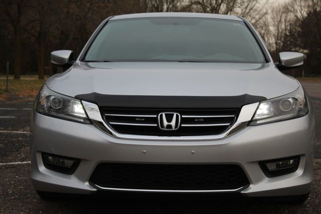 2015 Honda Accord Sedan ONE OWNER SPORT - Click to see full-size photo viewer