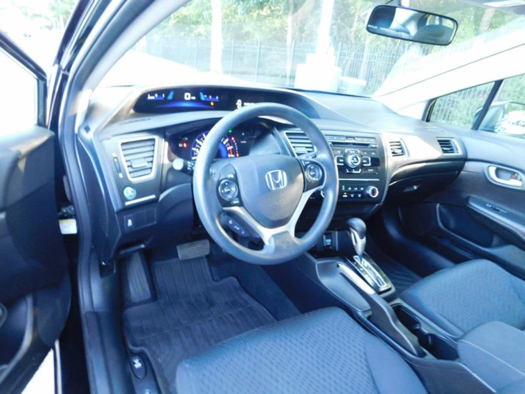 2015 Honda Civic Sedan 4dr CVT LX - 16600551 - 13