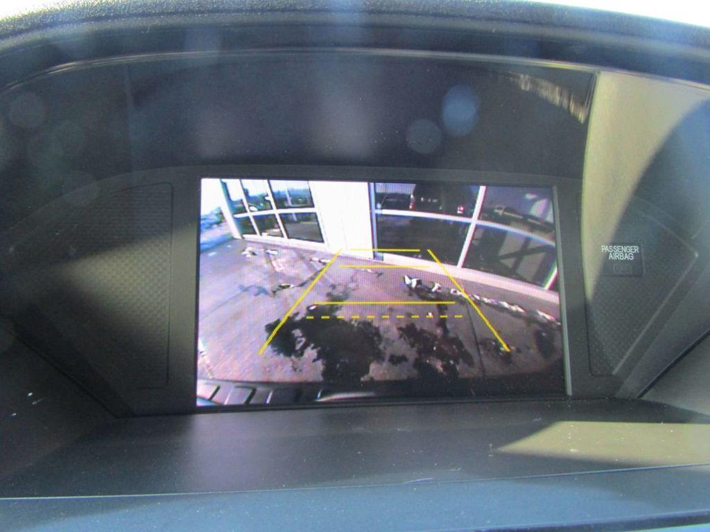 2015 Honda Pilot 4WD 4dr LX - 18391574 - 17