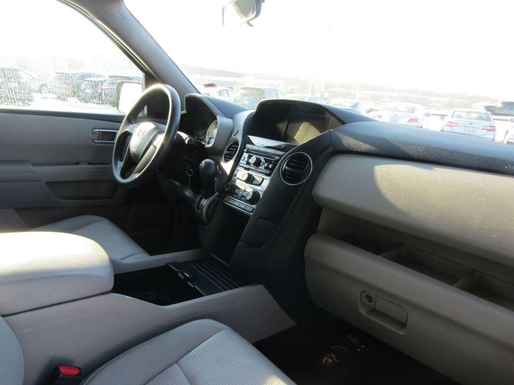 2015 Honda Pilot 4WD 4dr LX - 18391574 - 31
