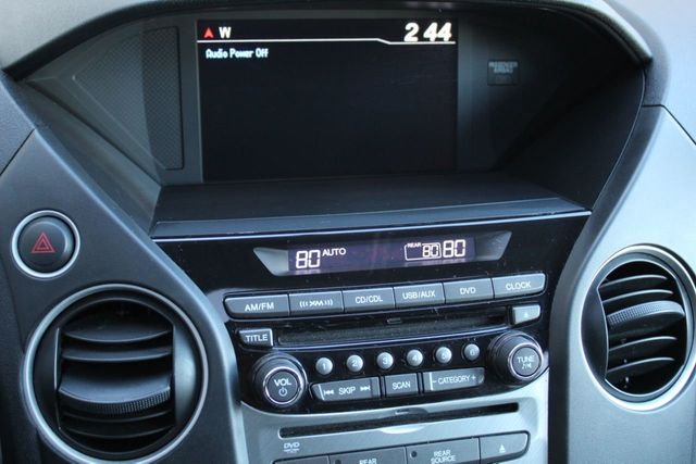 2015 Honda Pilot SE MOONROOF DVD PLAYER REAR ENTERTAINMENT - Click to see full-size photo viewer